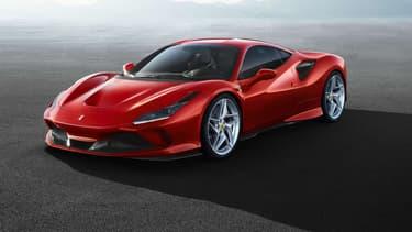 Ferrari vient tout juste de dévoiler son dernier modèle, avec le V8 le plus puissant de la gamme italienne. Son nom : F8 Tributo.