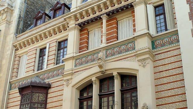 La Région Ile-de-France reprend un immeuble classé loué au cinéaste Dupontel.