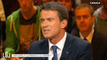 Manuel Valls sur le plateau du Grand Journal, animé par Maïtena Biraben, le 7 septembre 2015.