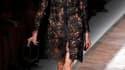 Pour Valentino, Maria Grazia Chiuri et Pier Paolo Piccioli ont imaginé une collection estivale sophistiquée, magnifiant la transparence et la dentelle pour des tenues féminines, sensuelles et éphémères./Photo prise le 5 octobre 2010/REUTERS/Benoît Tessier