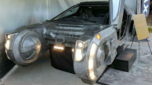 Le véhicule du film est bien de marque Peugeot...