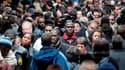 """Près de six Français sur dix (58%) souhaitent qu'une """"révolte"""" éclate dans leur pays mais moins de la moitié (49%) pensent que cela a des chances se produire, selon un sondage Harris Interactive pour l'Humanité Dimanche. /Photo d'archives/REUTERS/Gonzalo"""