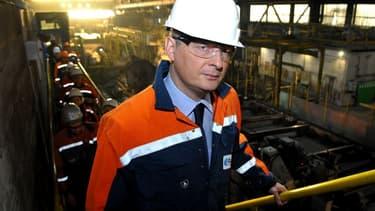 """Le ministre de l'Economie, Bruno Le Maire, sur le site Ascoval de Saint-Saulve, le 31 octobre dernier, quelques heures après avoir estimé, sur la base d'un rapport d'experts, le projet de reprise """"solide"""" et """"crédible""""."""