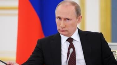 Vladimir Poutine annonce son intention de mieux contrôler les médias publics russes.