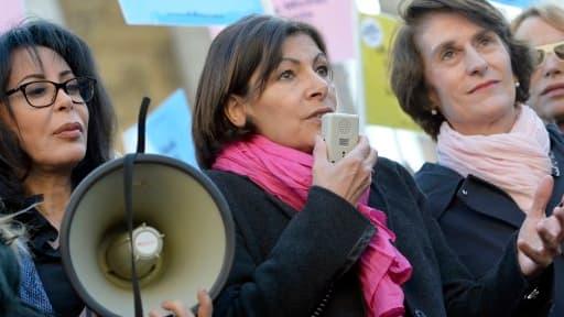 Anne Hidalgo aurait demandé à Yamina Benguigui, tout juste élue au Conseil de Paris, de démissionner.