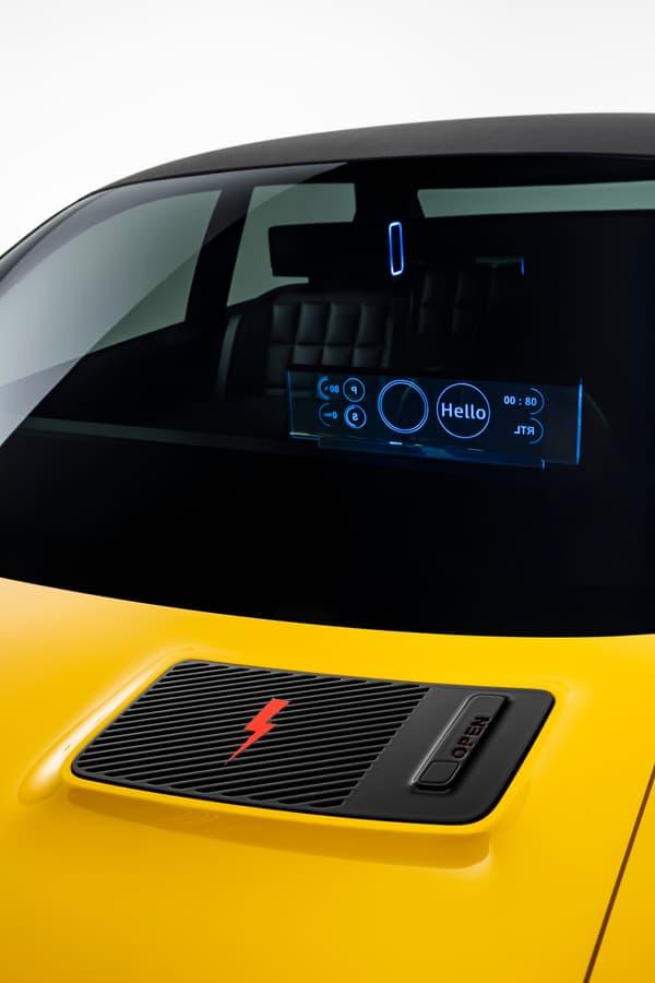 """Renault évoque """"des lampes d'appui-tête"""" et""""des informations affichées surun petit écran transparent du tableau de bord""""."""