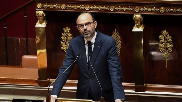 L'ensemble des mesures annoncées par Édouard Philippe depuis mi-novembre coûteront environ 4,5 milliards d'euros en plus à l'État.