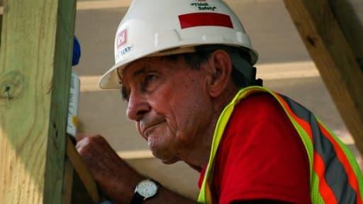 Les seniors repoussent leur départ à la retraite, et cumulent leurs pensions avec un emploi.