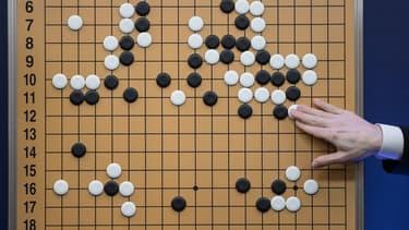 Le petit frère d'AlphaGo a battu son aîné sans l'aide de l'humain