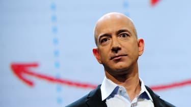 Jeff Bezos, le patron d'Amazon, qui a racheté la compagnie spatiale Blue Origin et le Washington Post, est le plus grand leader mondial selon Fortune.