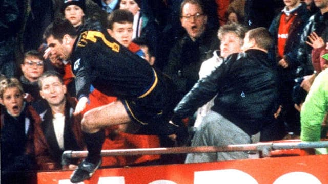 48e minute de Crystal Palace-MU, Eric Cantona pète les plombs