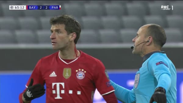 Thomas Müller ne s'est pas rendu compte qu'il saignait