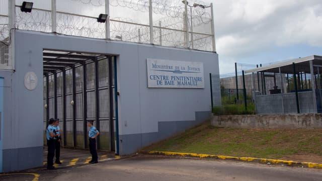 Au total, 144 cellules du centre pénitentiaire de Baie-Mahault ont été fouillées.