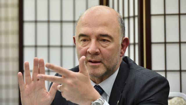 Pierre Moscovici rappelle à la France ses engagements auprès de la Commission européenne en termes de déficit.
