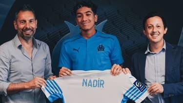 Nadir avec le maillot de l'OM
