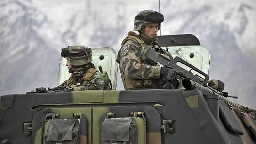La France a retiré ses soldats d' Afghanistan