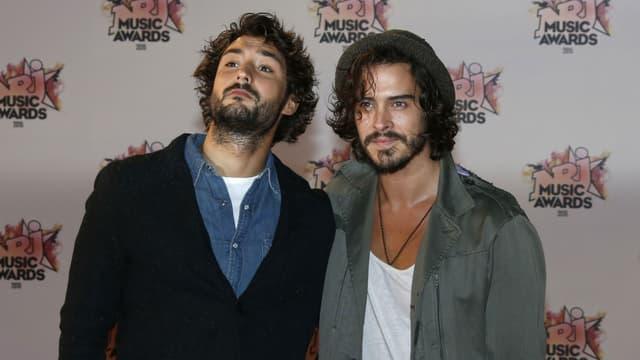 Frero Delavega aux NRJ Music Awards le 7 novembre 2015.