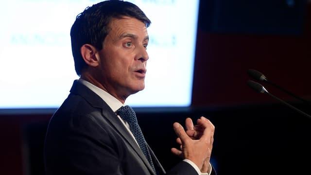 Manuel Valls lors de l'annonce de sa candidature à la mairie de Barcelone