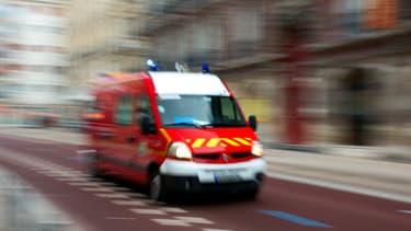 La victime, un ouvrier originaire de Roumanie, chargeait son camion sur le trottoir lorsque la voiture l'a renversé.