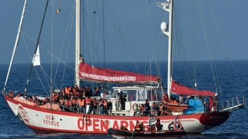 Des migrants secourus par l'Open Arms de l'ONG espagnole Pro Activa le 7 mai 2018.