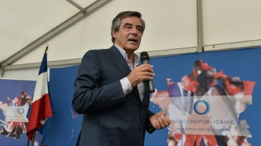 L'ex-Premier ministre François Fillon, le 26 août 2015 à Rouez-en-Champagne