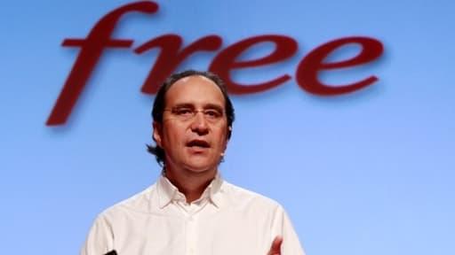 L'emblématique patron de Free a lancé une procédure à l'encontre d'un universitaire dont l'étude ne plait pas à l'opérateur