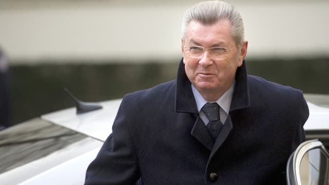 Henri de Raincourt en janvier 2012, alors qu'il était encore ministre de la Coopération du gouvernement Fillon.
