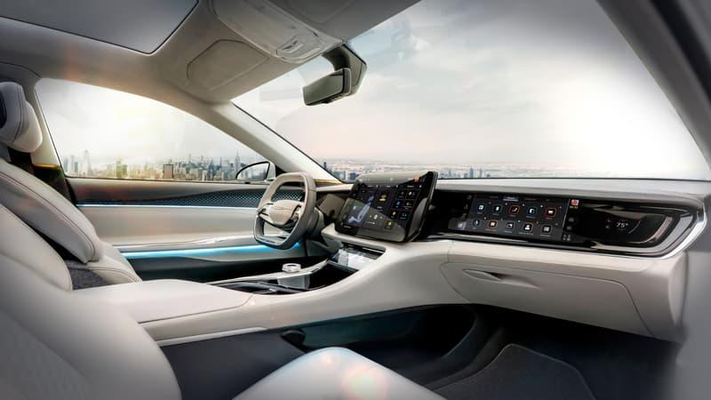 Stellantis va s'appuyer sur Foxconn pour concevoir les intérieurs de ses futurs véhicules