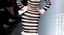 La haute couture printemps-été 2011 de Jean-Paul Gaultier, présentée mercredi à Paris, mixe french cancan et anticonformisme punk. /Photo prise le 26 janvier 2011/EUTERS/Benoit Tessier