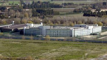 Le centre de détention de Tarascon (Bouches-du-Rhône), le 4 décembre 2003