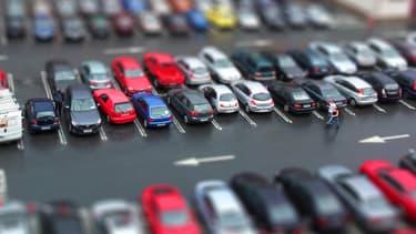 Plusieurs sites permettent de vérifier les informations sur le véhicule que vous comptez acquérir.