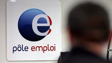 Le déficit de l'assurance chômage devrait être légèrement moins élevé cette année qu'il n'était prévu auparavant, à 4,8 milliards d'euros contre 5,0 milliards prévu en janvier. Selon l'Unedic, le nombre de demandeurs d'emploi indemnisés augmentera par ail