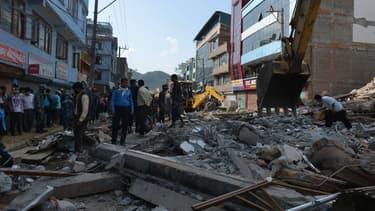 Le Quai d'Orsay a activé un numéro d'urgence suite au séisme qui a touché le Népal le 12 mai