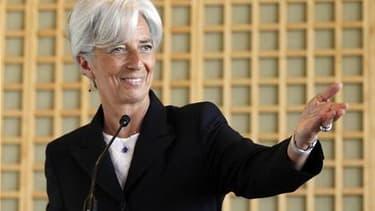 Christine Lagarde estime pouvoir prendre la direction du Fonds monétaire international même si une enquête judiciaire était ouverte à son encontre dans le dossier concernant l'arbitrage rendu en faveur de Bernard Tapie. /Photo prise le 25 mai 2011/REUTERS