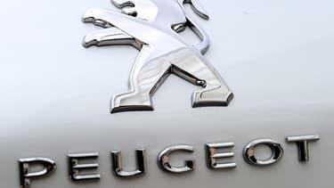"""""""Les sociétés du groupe familial Peugeot se sont engagées à neutraliser l'impact de leurs droits de vote doubles"""", a indiqué PSA."""