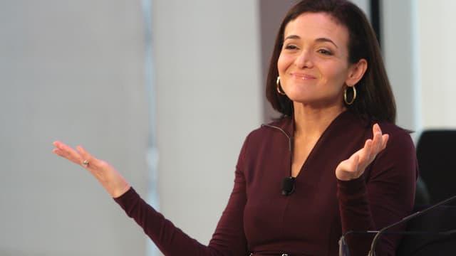 Pour Sheryl Sandberg, COO de Facebook, il va falloir un bon siècle pour que les femmes soient équitablement représentées à la tête des entreprises américaines.