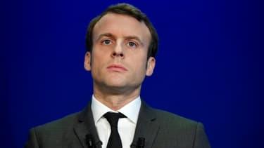 Emmanuel Macron a rendu hommage à Théo, le jeune homme gravement blessé lors de son interpellation à Aulnay-sous-Bois.