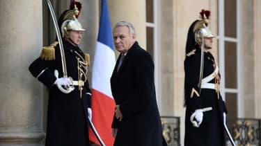 """Le Royaume-Uni a """"toujours eu une position particulière"""" pour Jean-Marc Ayrault"""