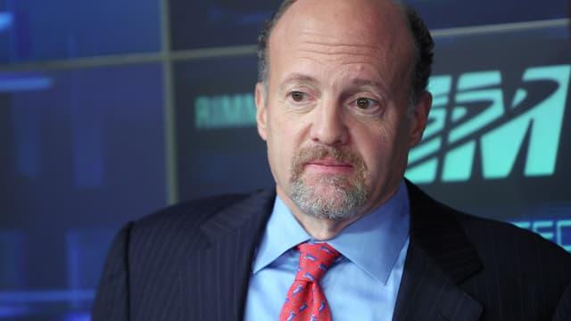 En suivant les conseils du fameux éditorialiste Jim Cramer, un ancien professeur d'économie vient de prouver qu'il se trompait sur ses conseils les trois-quart du temps.