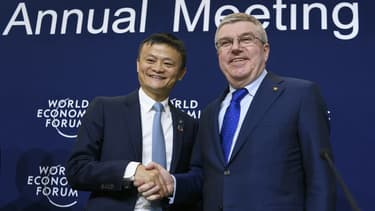 Jack Ma (Alibaba) et Thomas Bach, président du CIO.