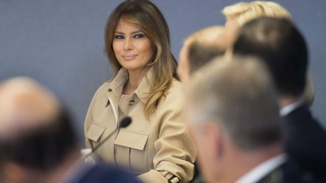 Melania Trump dans les quartiers généraux de la coordination des services d'urgence, le 6 juin 2018 à Washington DC.