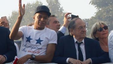 Mbappé et Le Graët en 2018
