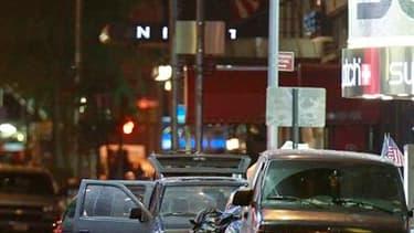 Le secteur de Times Square, à Manhattan en plein New York, a été évacué par la police samedi soir après la découverte d'un véhicule piégé qui, s'il avait explosé, aurait pu faire un grand nombre de morts à cette heure de grande affluence, selon les autori