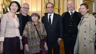 Fleur Pellerin et François Hollande ont reçu lundi les palmés à Cannes.
