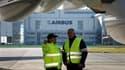 La direction d'Airbus France, division du groupe européen d'aéronautique et de défense EADS, est parvenue à un accord sur les salaires de ses collaborateurs avec l'intersyndicale chargée de les représenter. /Photo d'archives/REUTERS/Christian Charisius