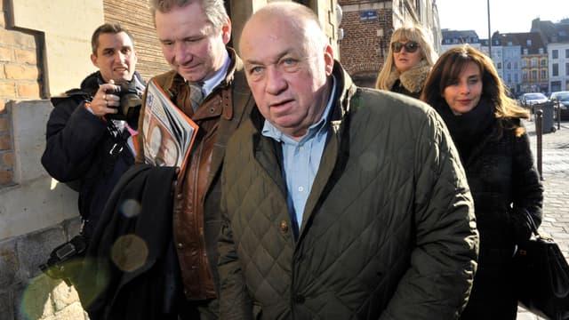 Dodo la Saumure, à son arrivée au tribunal correctionnel de Lille, lundi.