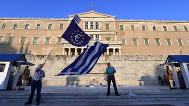 Le Parlement grec doit se prononcer sur l'attitude à adopter vis-à-vis des créanciers du pays.