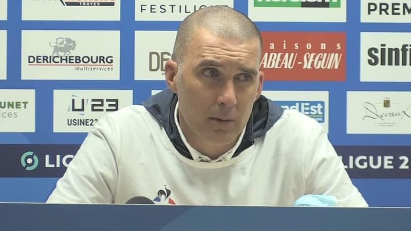 Ligue 2: l'énorme émotion de Batlles pour la remontée de Troyes en Ligue 1