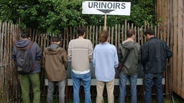 Lors d'un festival danois, l'urine des participants a été récupérée pour être utilisée en tant que fertilisant... et servir à faire de nouveau de la bière. (Photo d'illustration)
