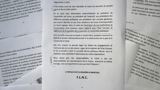"""Communiqué du FLNC reçu le 25 juin 20147 à Marseille annonçant son intention de déposer les armes et de sortir """"progressivement de la clandestinité"""""""